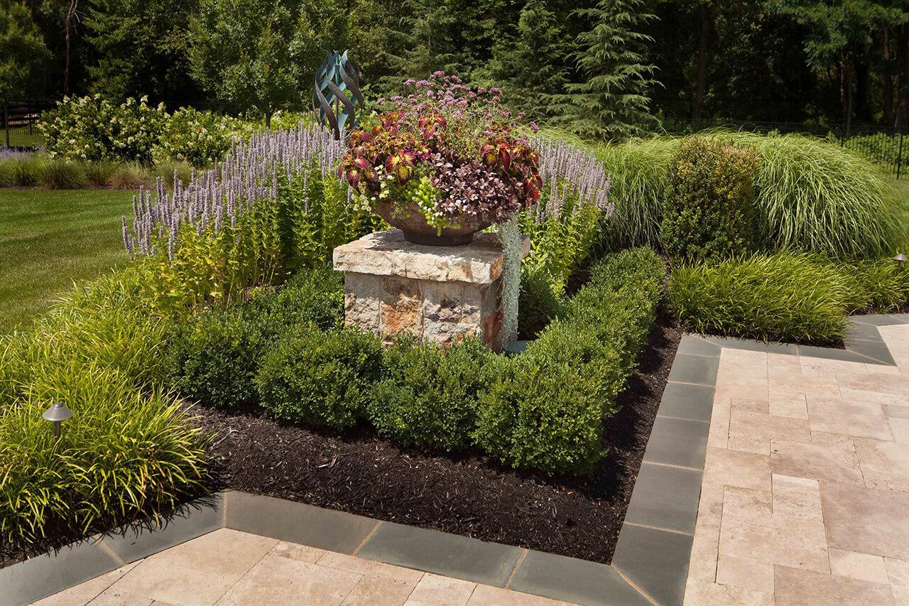 geometrical style patio border plantings