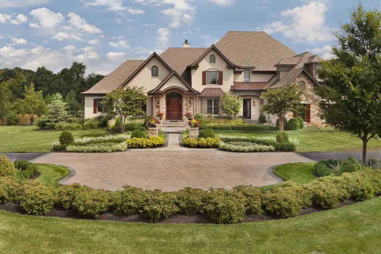 grenata preserve home in in the western loudoun county landscape