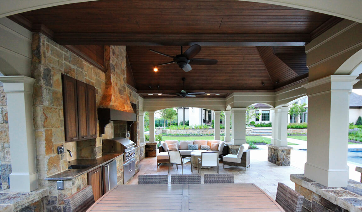 outdoor kitchen & dining pavilion