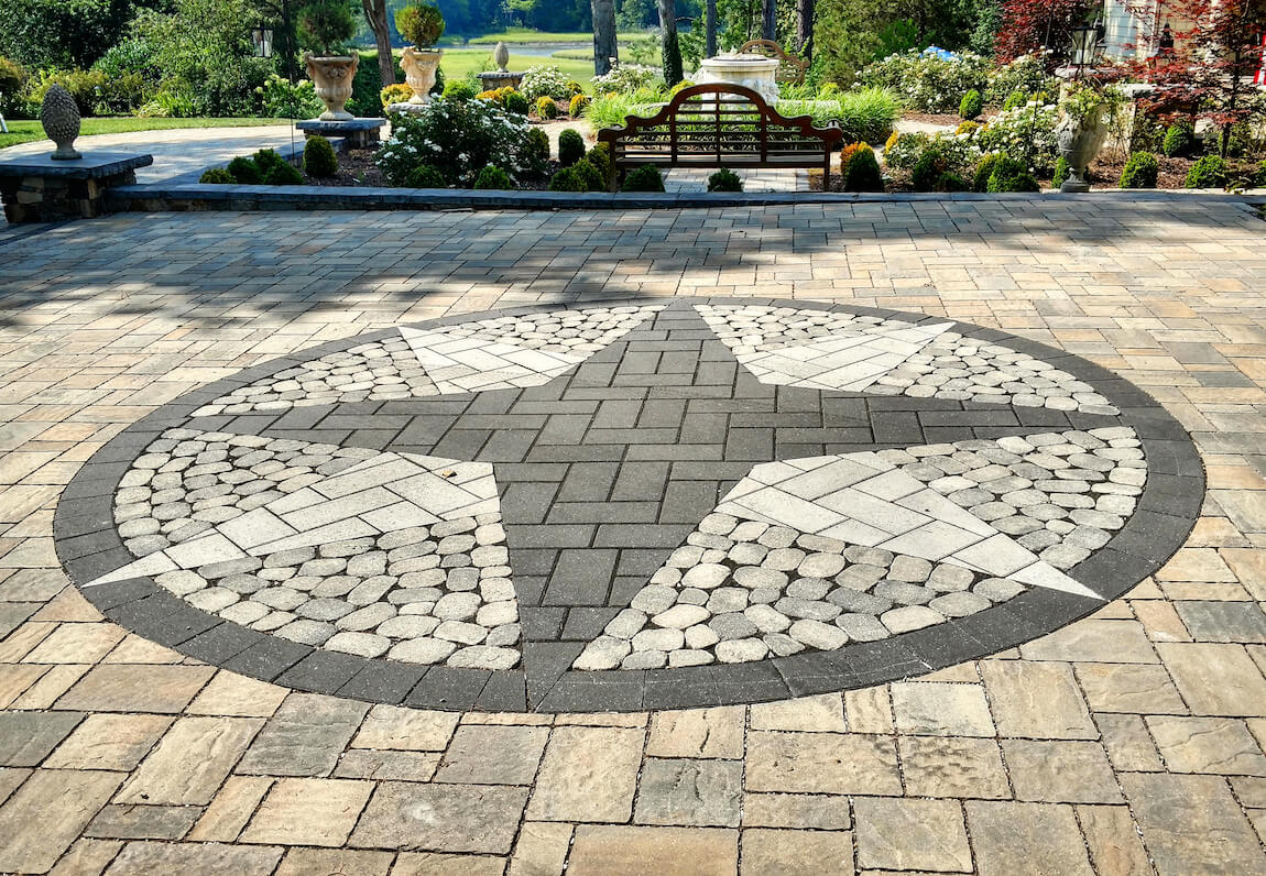 Should You Use Flagstone or Pavers in Your Backyard Patio ...
