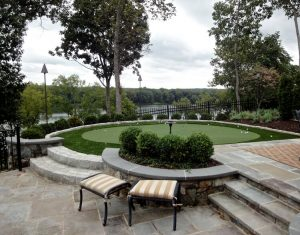 River Creek patio putting green overlooks Potomac