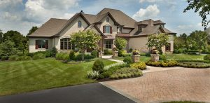 front yard landscape traditional style
