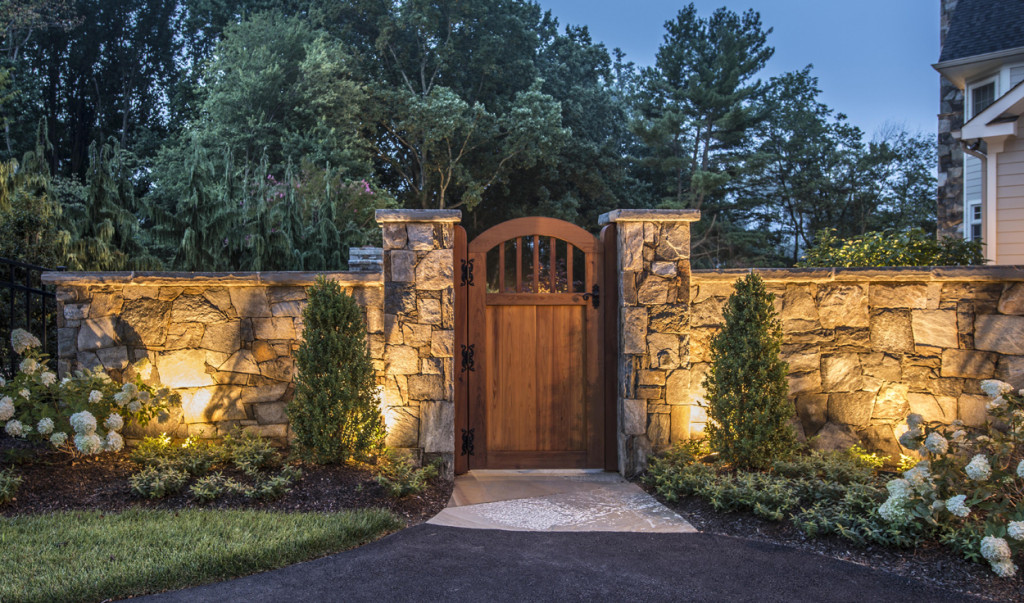 landscape lighting at garden gate