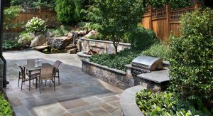 small yard landscape example 1