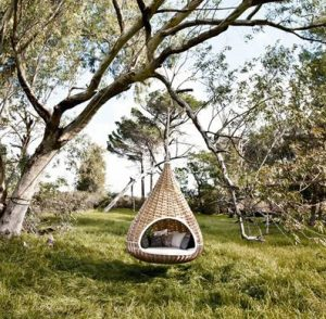 nestrest hanging lounge by Dedon