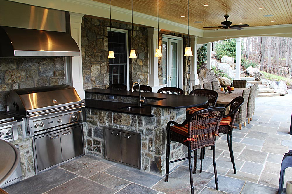 18-covered-grill-stone-built-in-bar