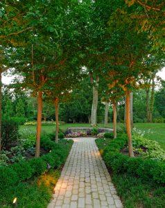 cobblestone garden walkway
