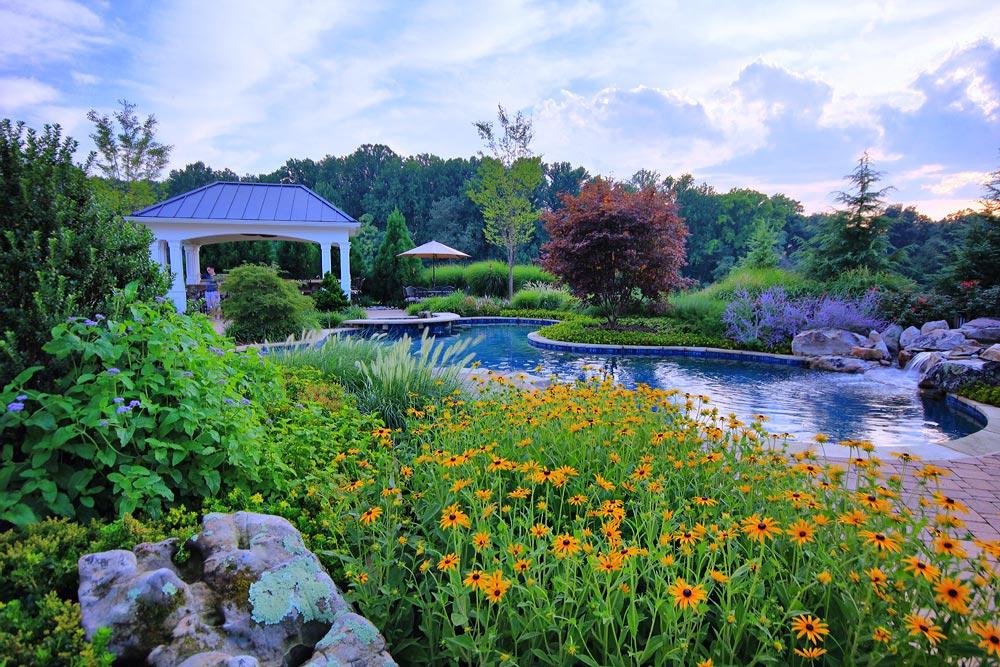 BR-MtAiry11-lush-plantings-pool-boulder-pavilion
