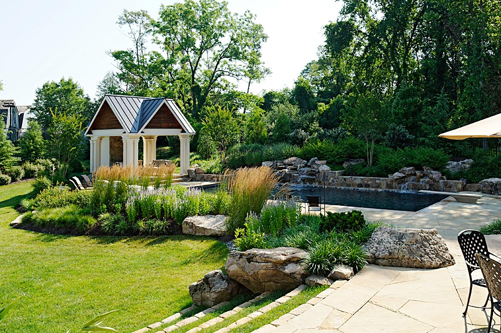 CHI5-grass-steps-pool-house-pavilion-waterfall