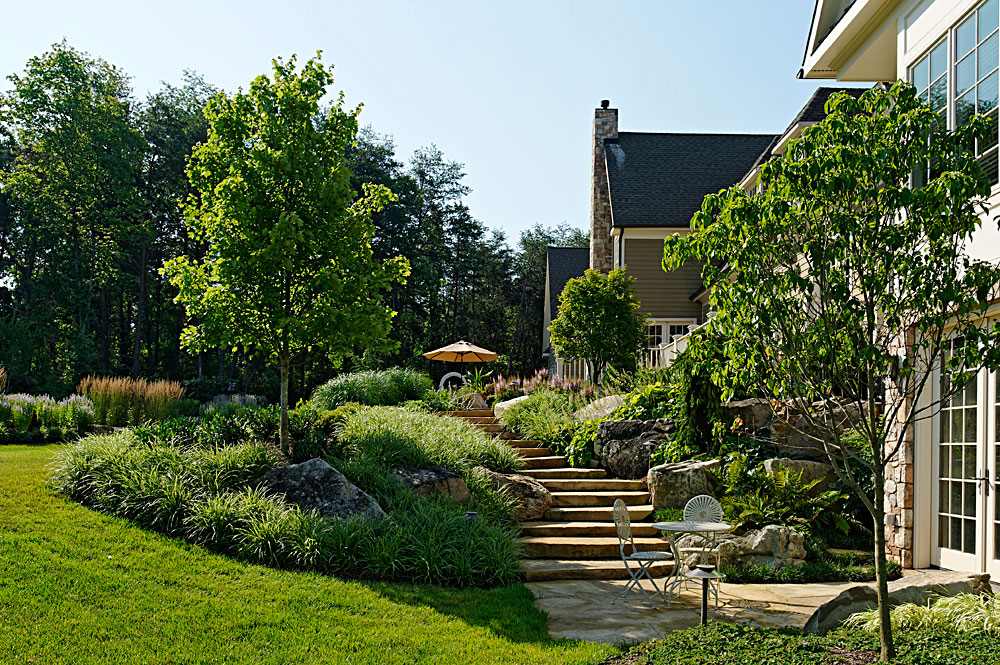 CHI9-tennessee-flagstone-steps-patio-lush-plantings