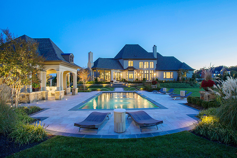 Leesburg-pool-by-surrounds-landscaping