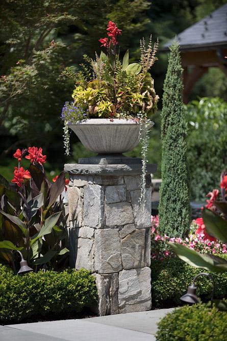 McLean-estate-front-door-pot