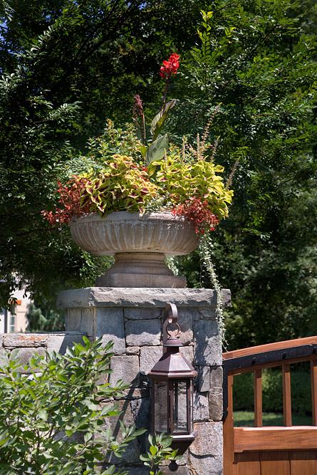 McLean-estate-front-gate-pot