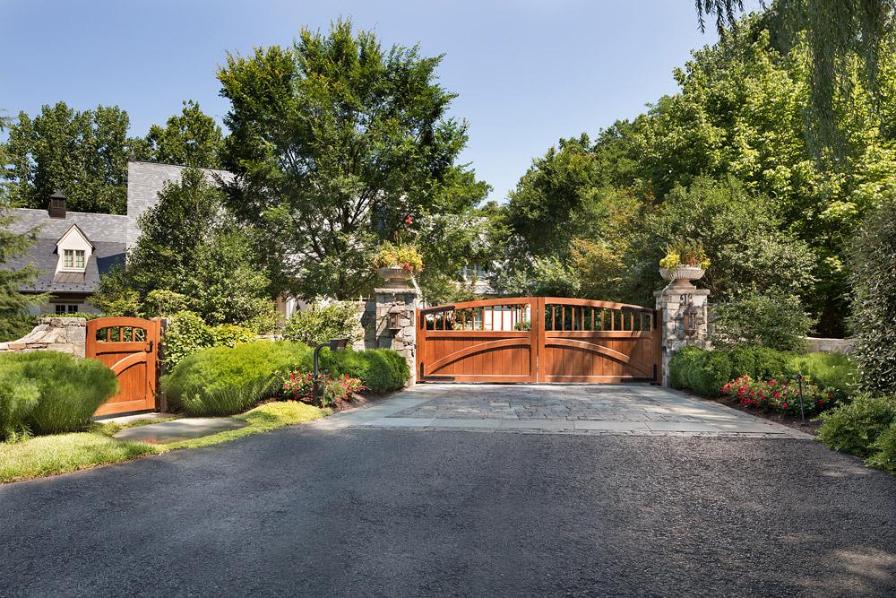 McLean-estate-front-gate