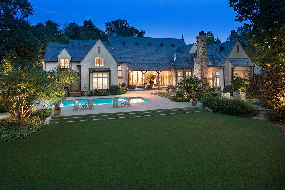 McLean-estate-house-rear-center