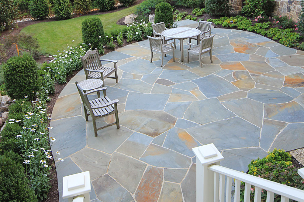 Irregular Natural Stone Paving