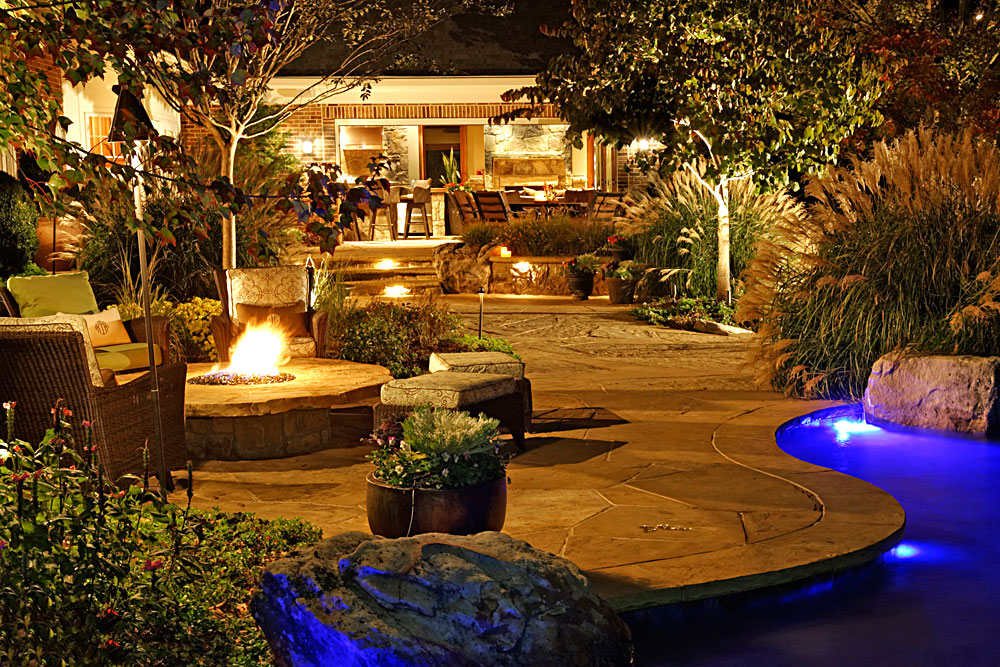 Flagstone And Boulder Terraces Pool House Outdoor