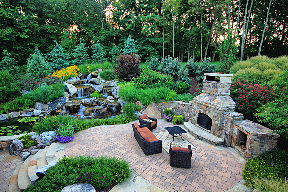 WH5-pavers-patio-stone-outdoor-fireplace-lush-plantings
