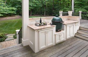 green egg ceramic cooker on kitchen countertop