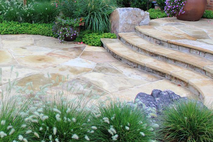landscape design 1 curved stone risers