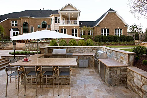 Outdoor kitchen contemporary style with shade umbrella