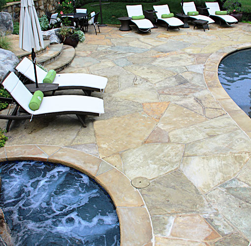Pation design with geometric tennessee flagstone