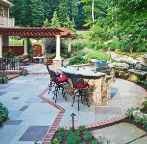 Patio Design with Grill, Pergola and Bar