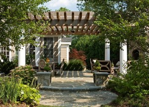 Pergola, flagstone pation and outdoor dining area