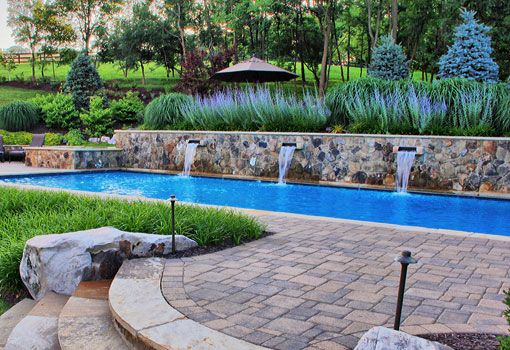 pool with wall mounted fountain - Rectangle Pool With Water Feature