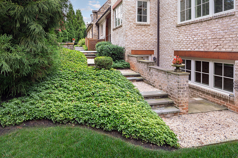 Red Barn side yard landscape planting, beautiful terraced steps