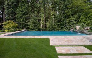 zero edge swimming pool