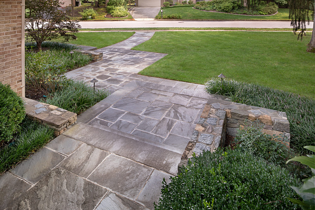 wessynton-front-entrance-flagstone-walk-005
